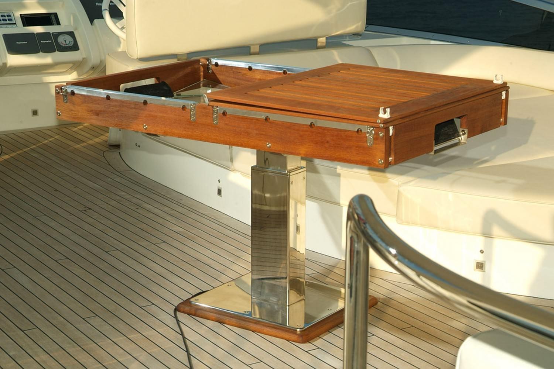 calcio balilla billboat per yacht
